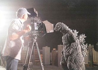 Behind the scenes of Dream Challenge: Godzilla Appears in Sukagawa